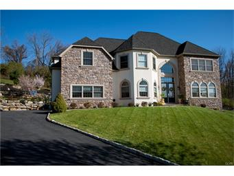 13  Creek View,  Easton, PA
