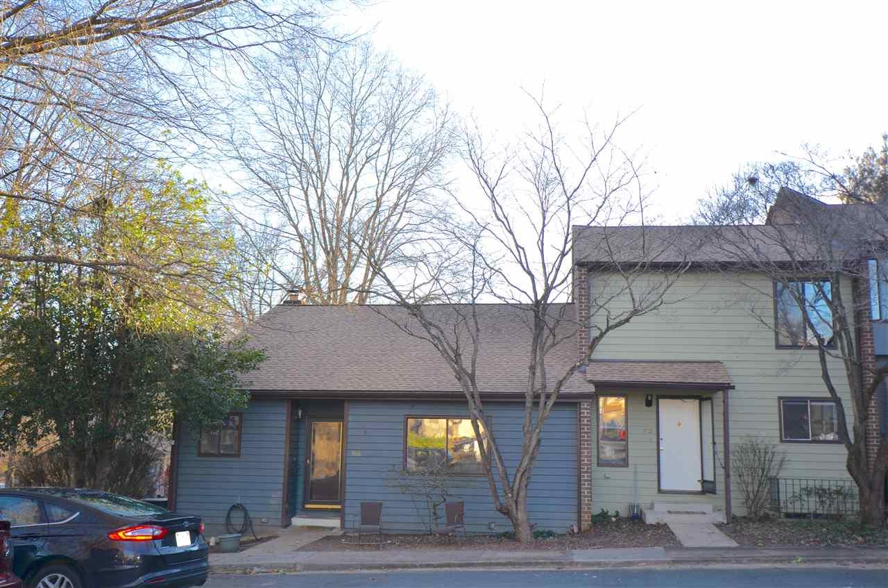 952  Sutton Ct,  Charlottesville, VA
