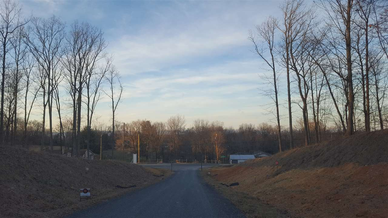 TBD LOT 8 Farm Wood Ct, Staunton, VA, 24401