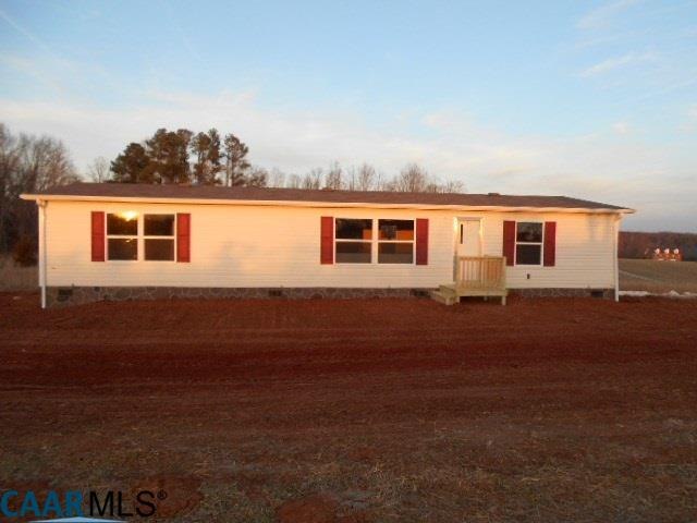 5958  Crumptown Rd,  Farmville, VA