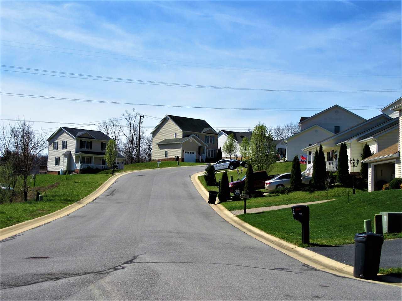 700 Paul St, Staunton, VA, 24401