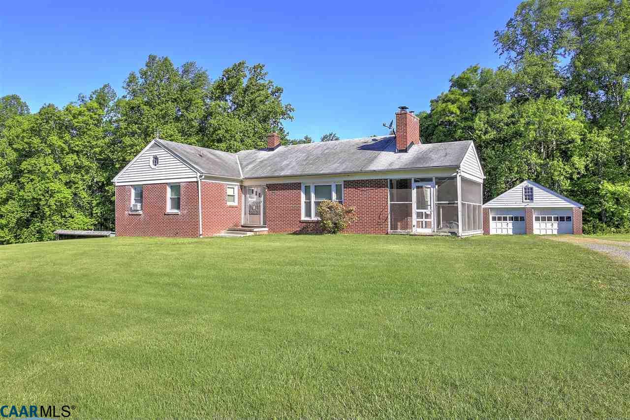 8237  Shannon Hill Rd,  Louisa, VA
