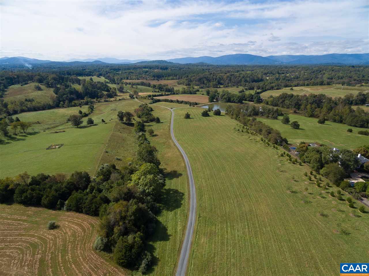 1376  Oakencroft Ln,  Charlottesville, VA