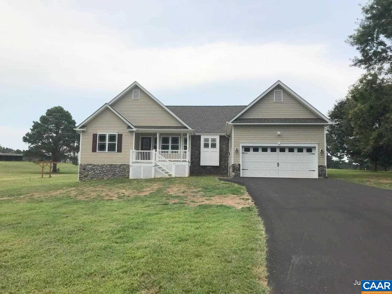 128  Woodger Cir,  Louisa, VA