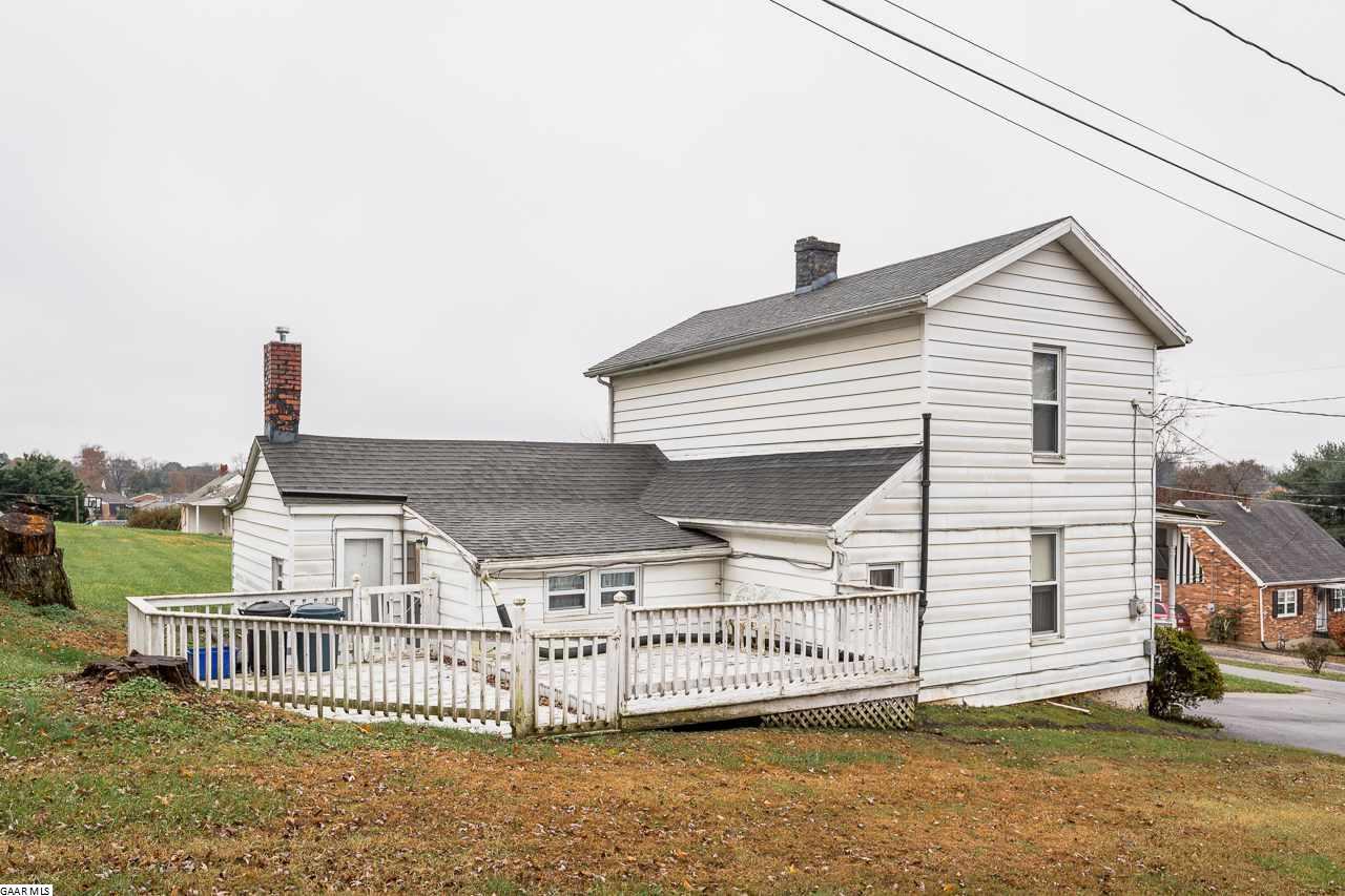 903 Powhatan St, Staunton, VA, 24401