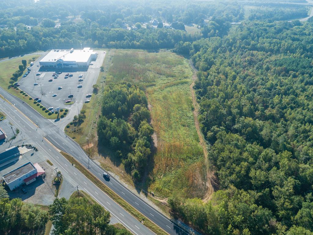 1025  Virginia Avenue,  Clarksville, VA