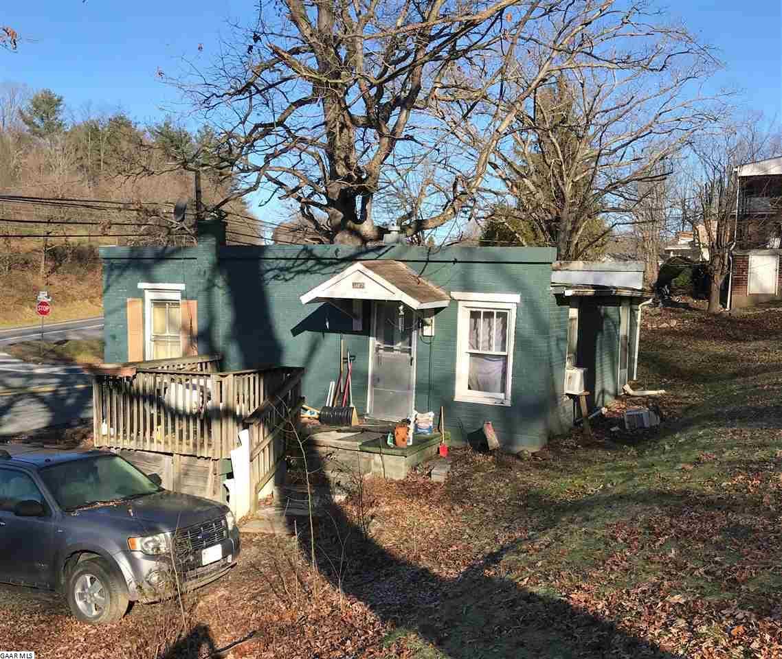 1607 Churchville Ave, Staunton, VA, 24401