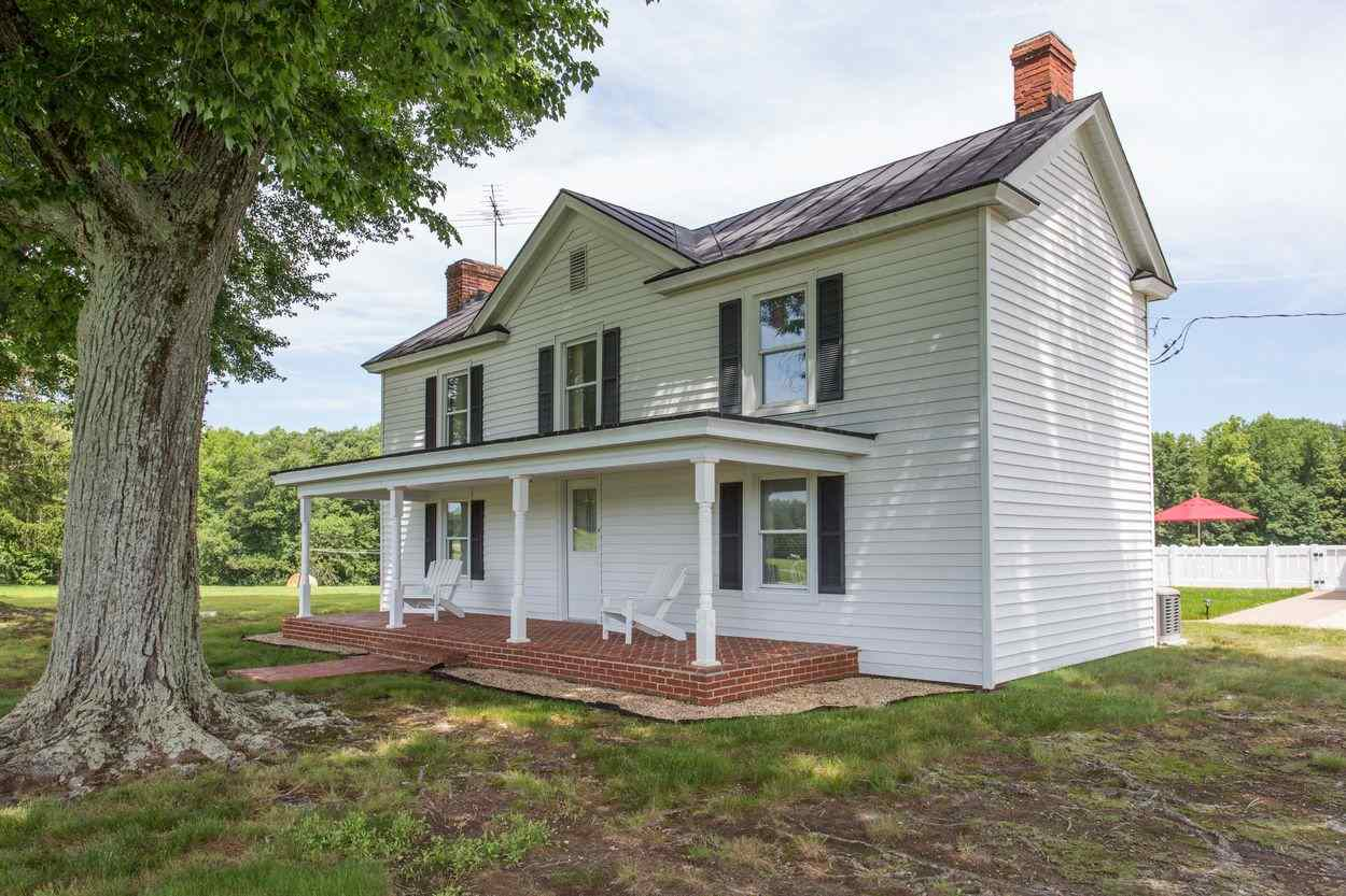 2326B  Holland Creek Rd,  Louisa, VA