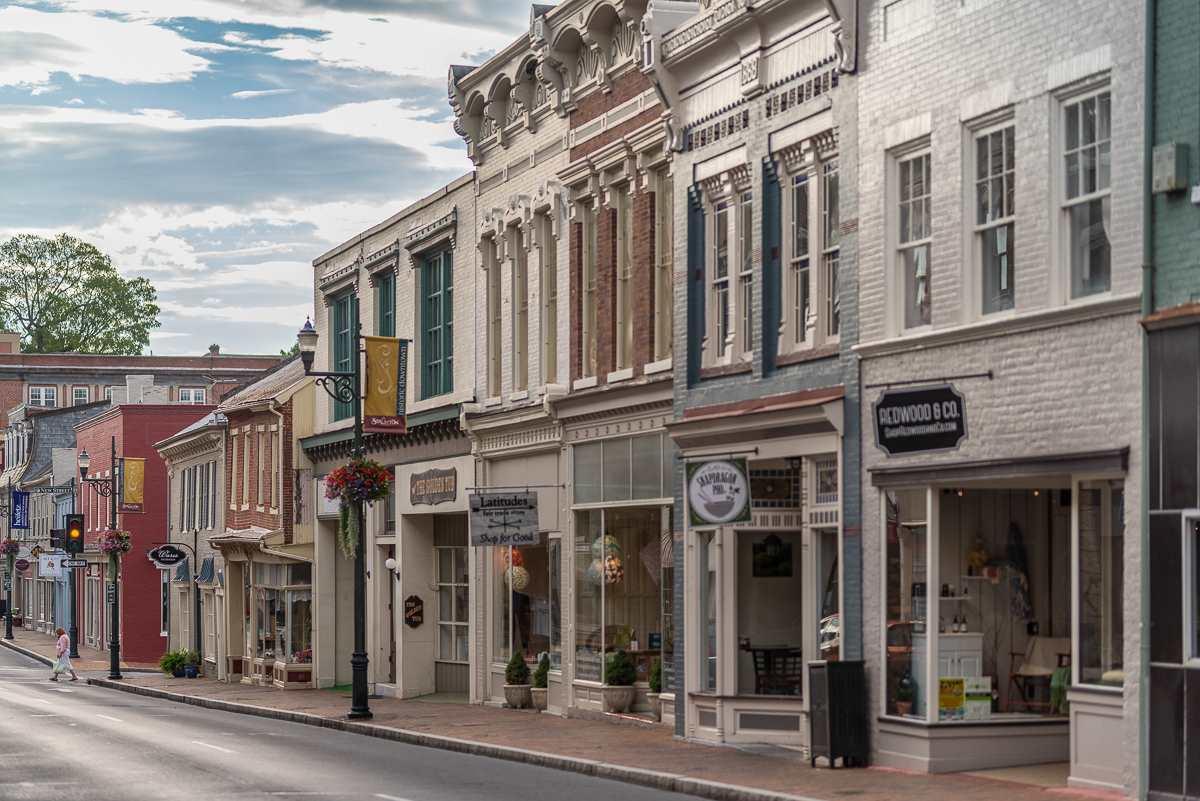 100 Village Dr 301/3, Staunton, VA, 24401