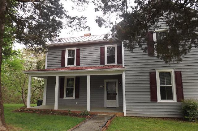 506  Rose Hill Avenue,  Clarksville, VA