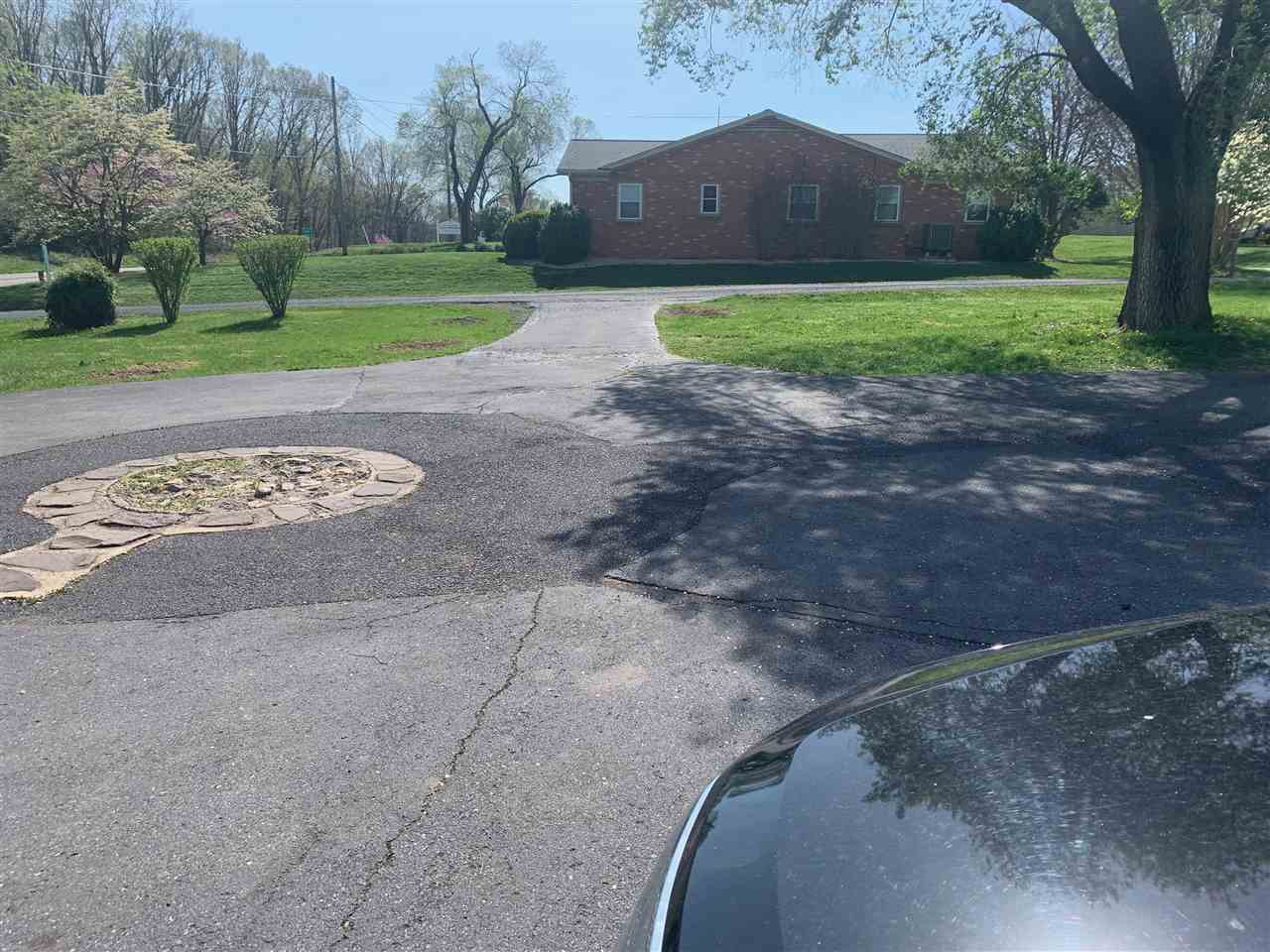 785 Lee Jackson Hwy, Staunton, VA, 24401