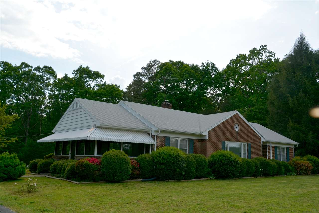 767  Fairground Rd,  Farmville, VA
