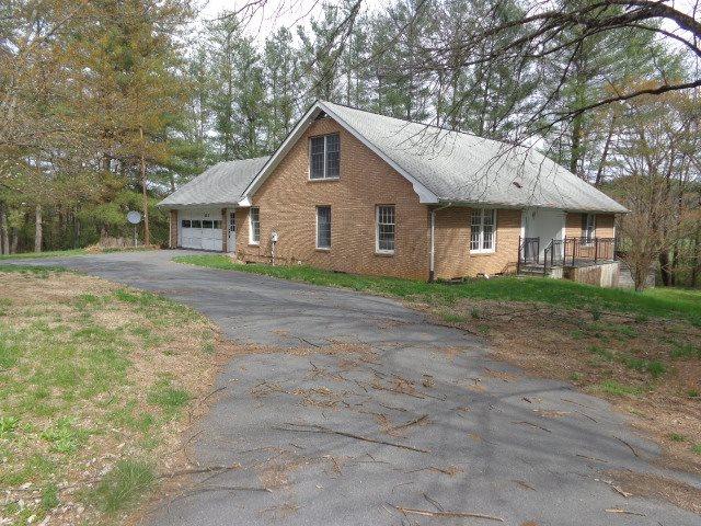 137  Hangers Mill Rd,  Churchville, VA