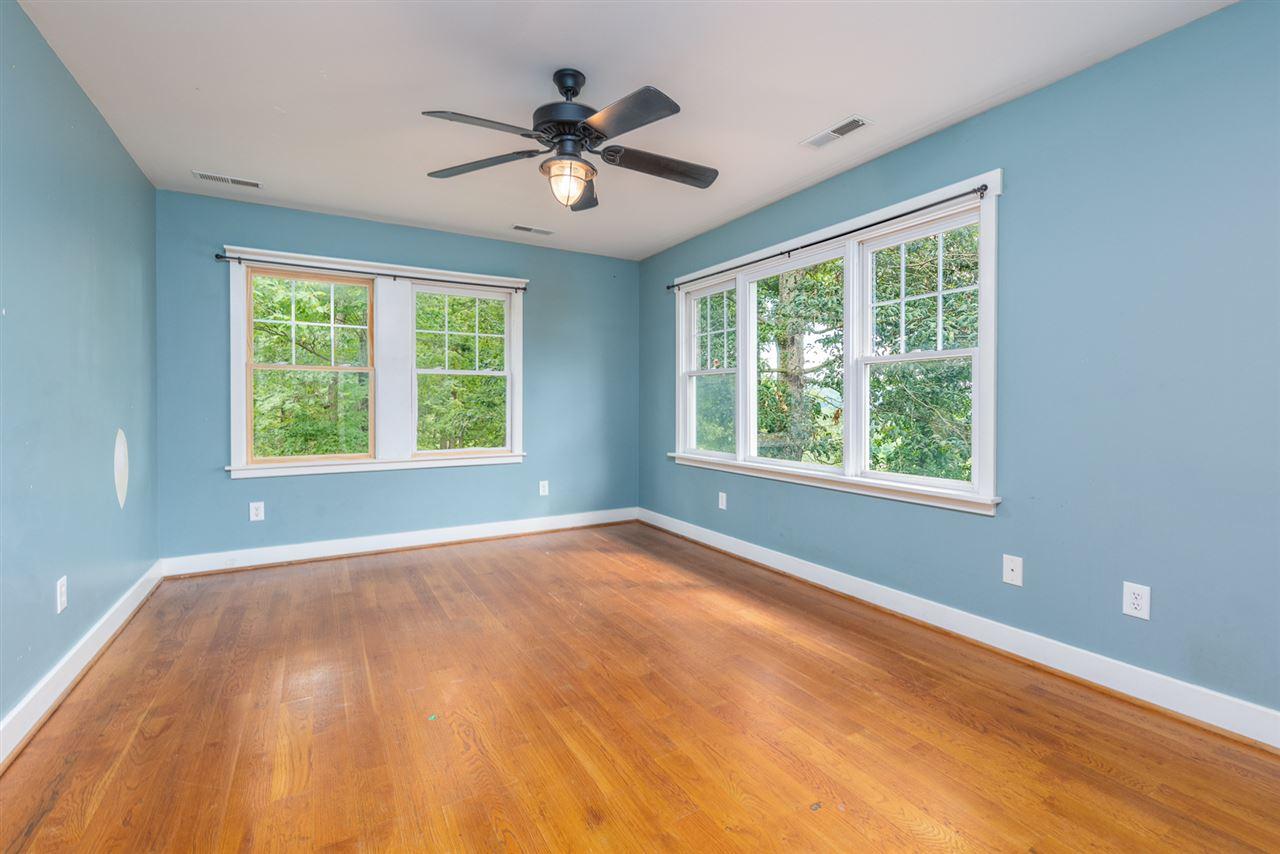 247 Oak Spring Ln, Staunton, VA, 24401