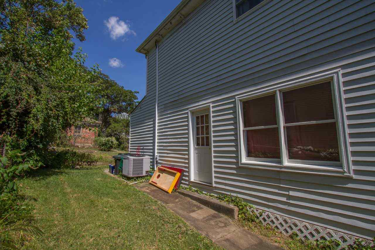 17 Hampton St, Staunton, VA, 24401