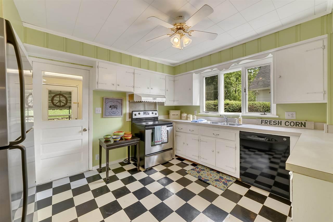 2017 Beverley St, Staunton, VA, 24401