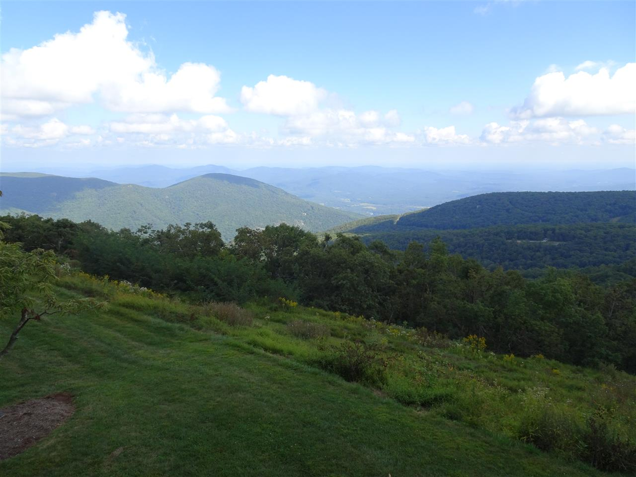 1502 Cliffs Condos, Wintergreen Resort, VA, 22967