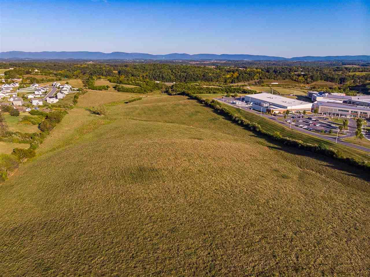 814 New Hope Rd, Staunton, VA, 24401