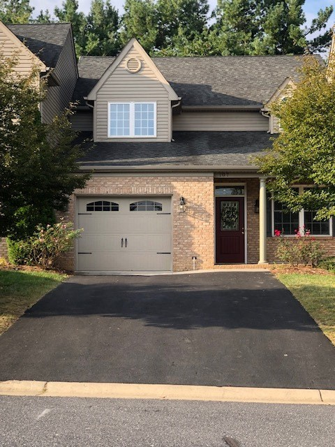 107  Villa View Dr,  Staunton, VA