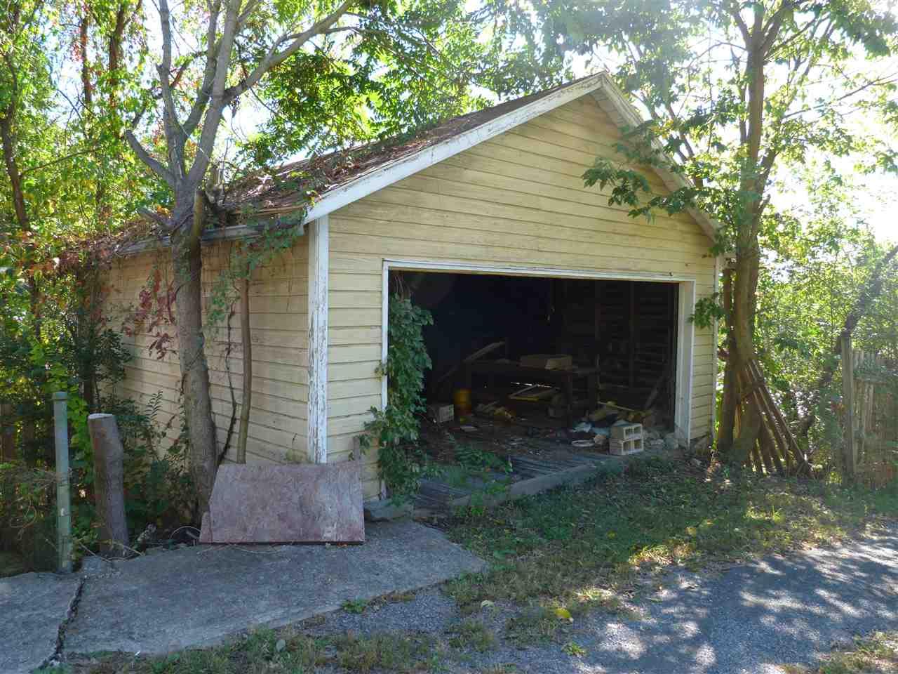 418 Baltimore Ave, Staunton, VA, 24401