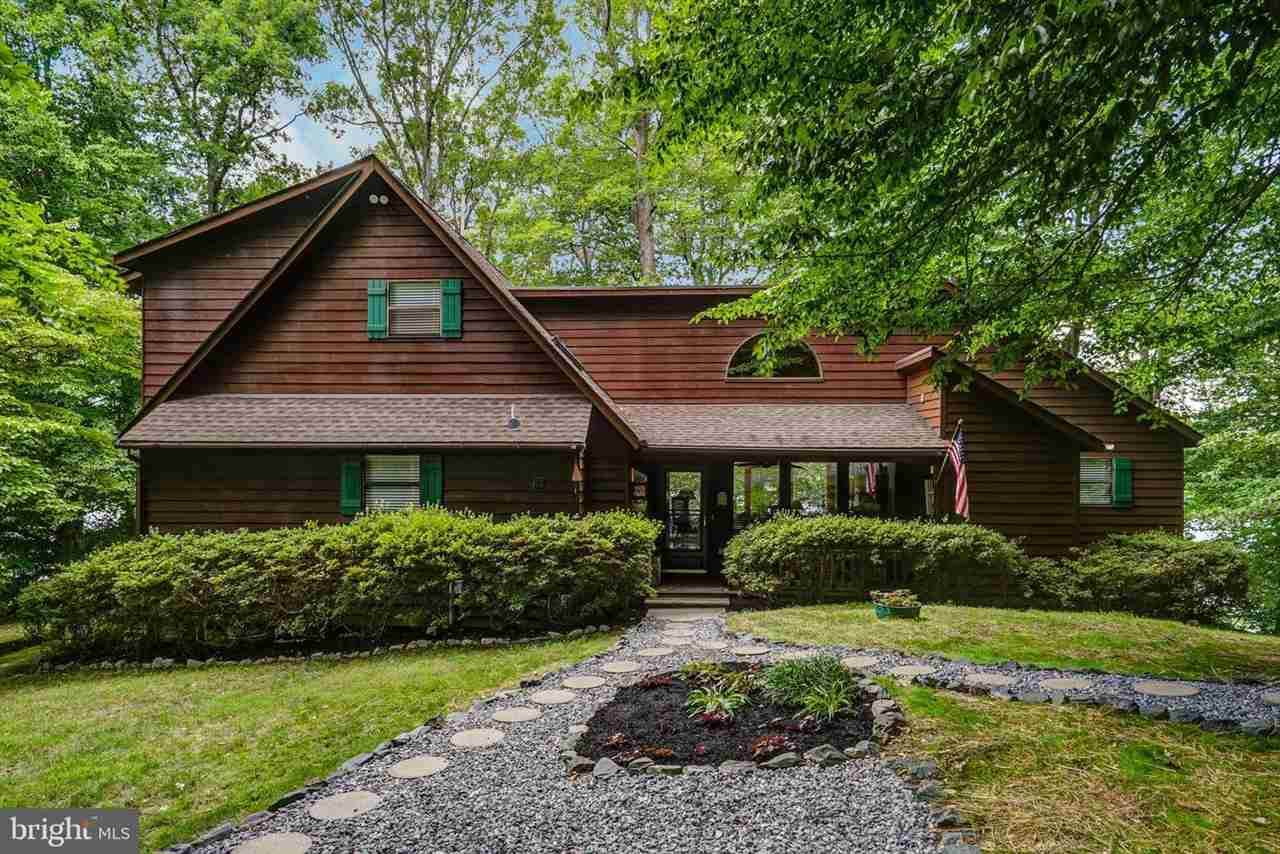 2639  Peach Grove Rd,  Louisa, VA