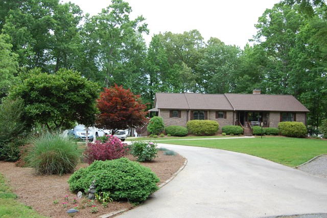 85  Roanoke Court,  Clarksville, VA