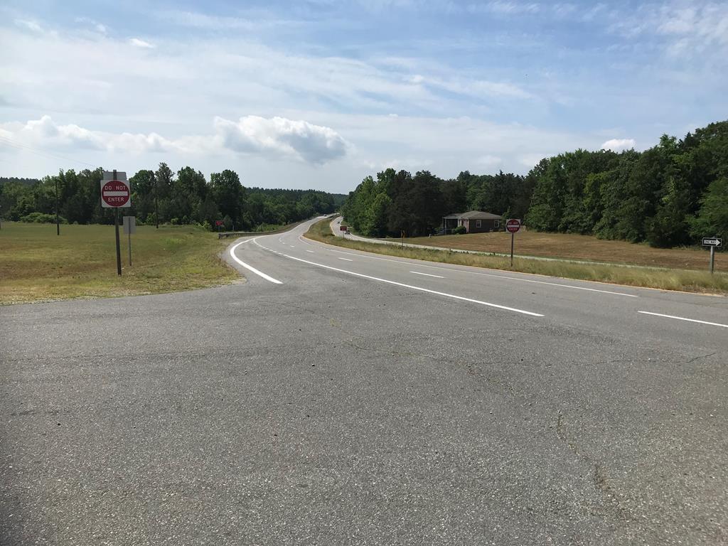 Huell Matthews Highway, Alton, VA, 24520