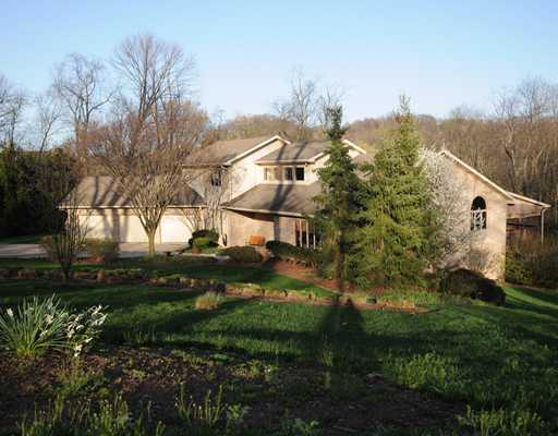 17  Cayuga Trail,  Lower Burrell, PA
