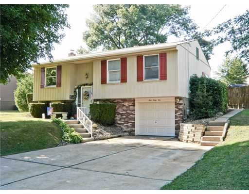 445  DONNELL,  Lower Burrell, PA