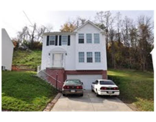 930  Broglie Dr.,  South Park, PA