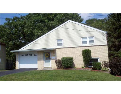 2773  Hastings Drive,  Lower Burrell, PA