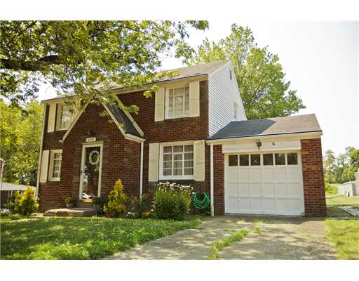 6714  Ridgevue,  South Park, PA