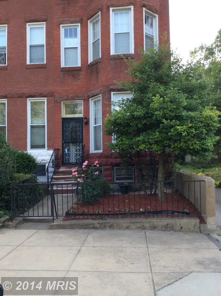 2426  Linden,  Baltimore, MD