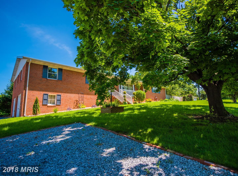 7442  Arden Nollville,  Martinsburg, WV