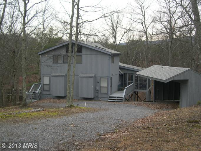 124  WICKIUP LANE,  HEDGESVILLE, WV