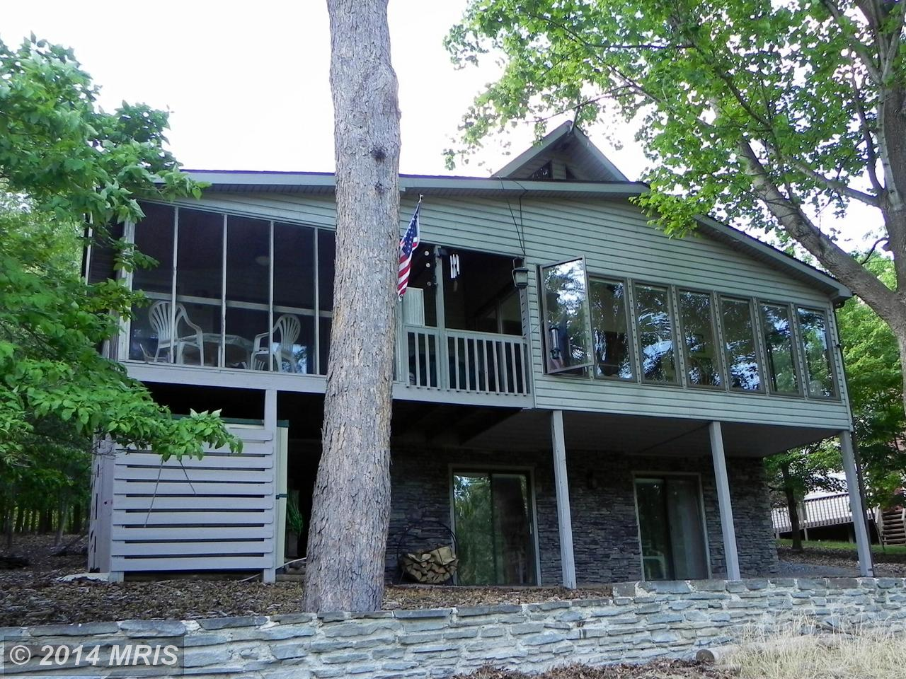 120  Trailblazer Lane,  Hedgesville, WV