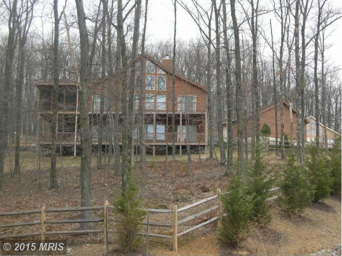 29  Moundbuilder Loop,  Hedgesville, WV