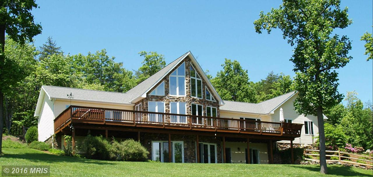 161  Warpath,  Hedgesville, WV