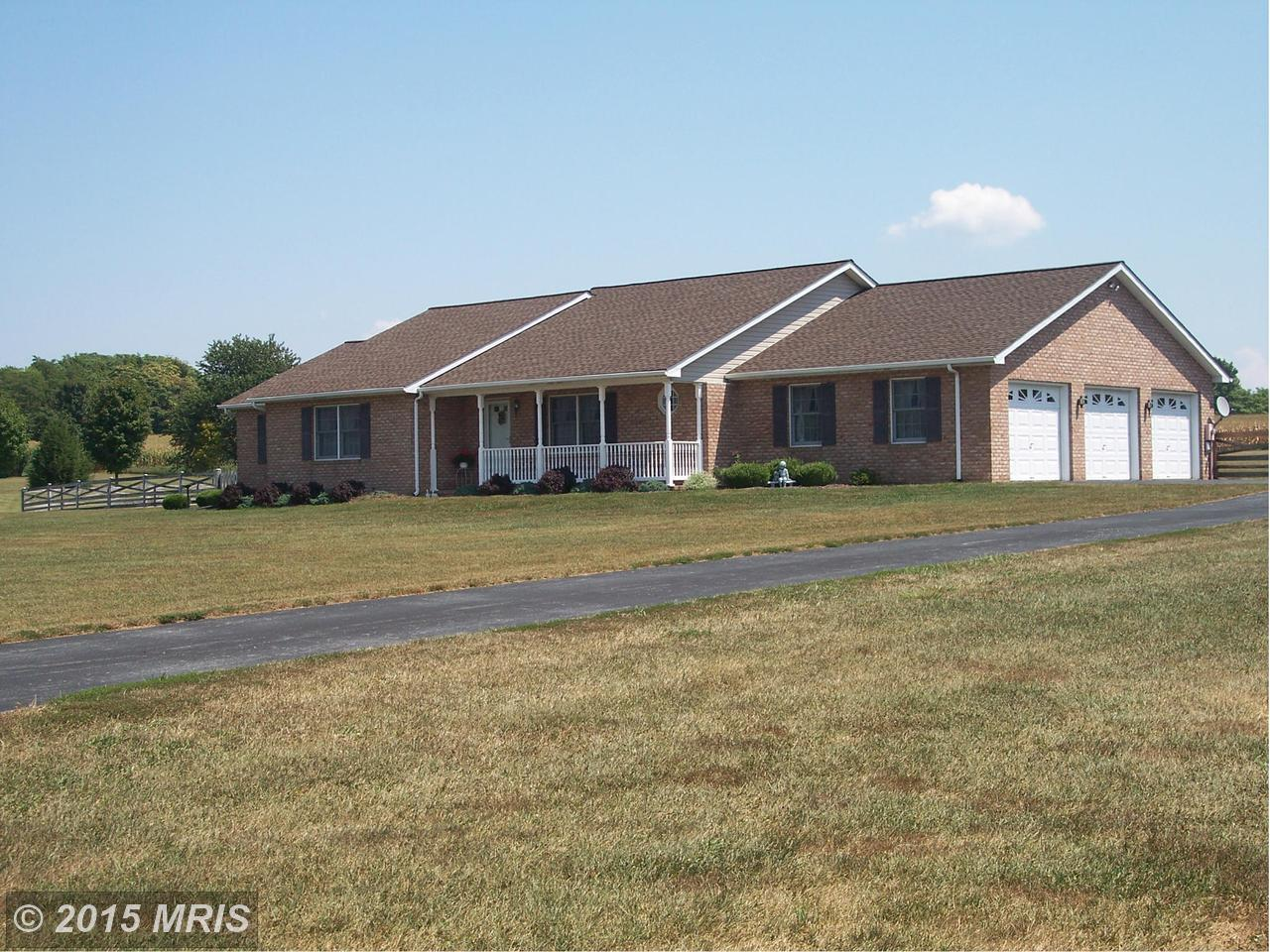 366  Quaint Swan Dale Dr.,  Martinsburg, WV