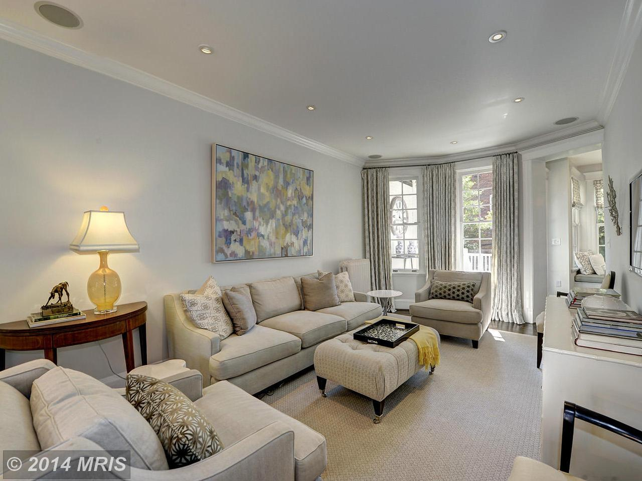 3002  R,  Washington, DC