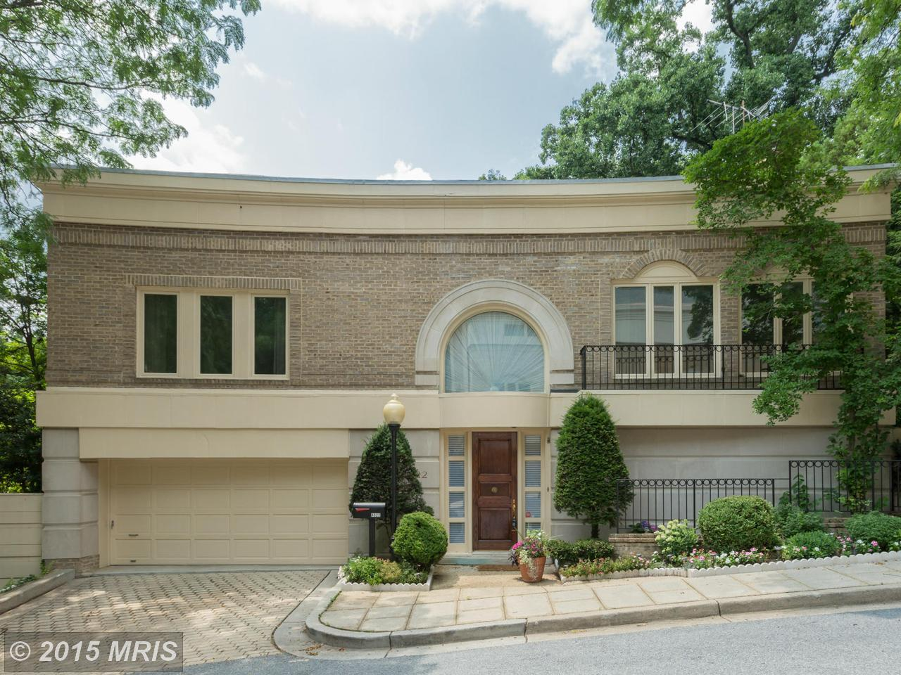 4522  Foxhall,  Washington, DC