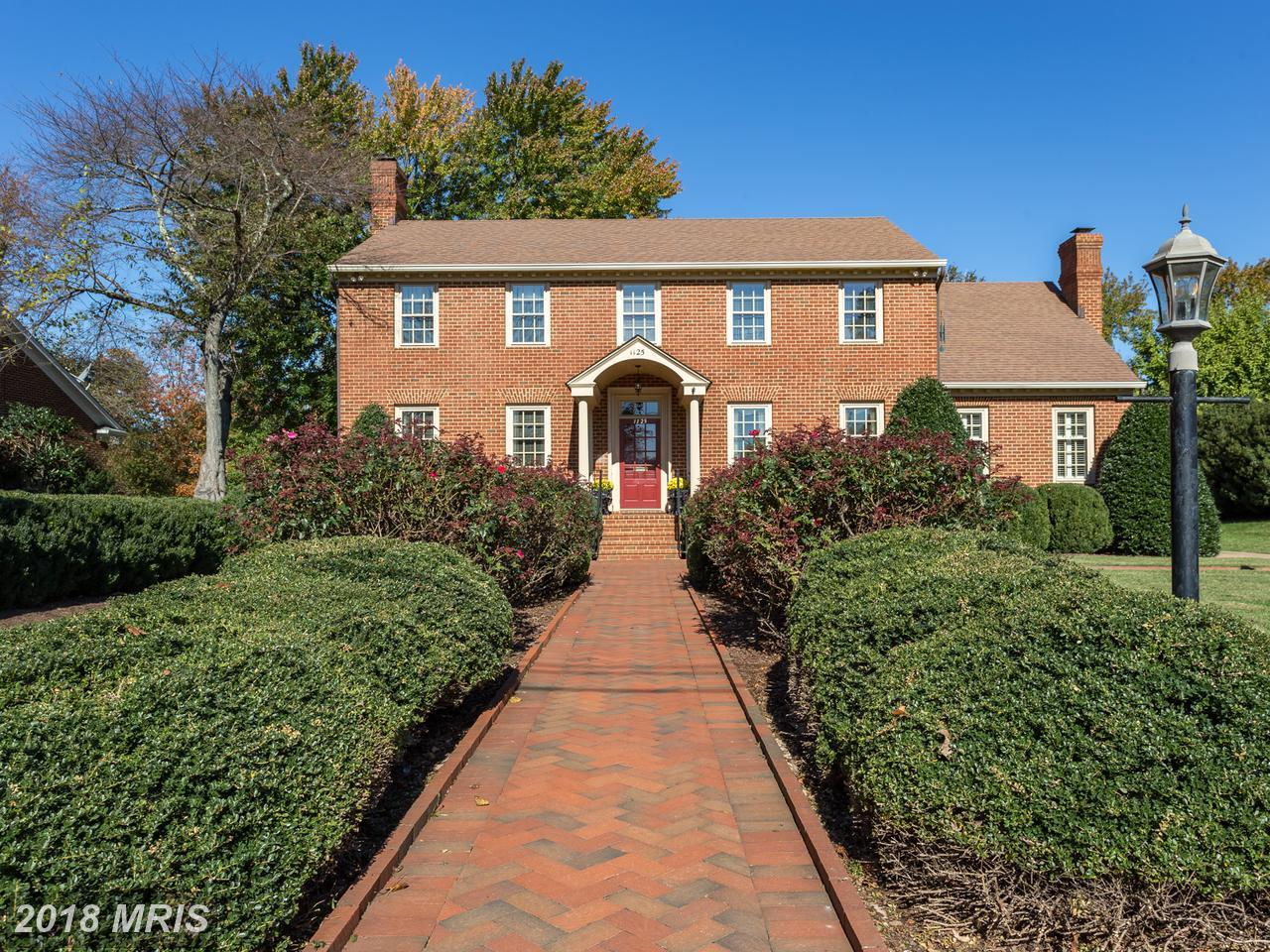 1125  Hanover,  Fredericksburg, VA