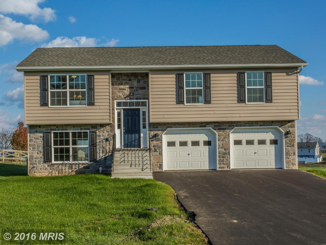 12229  Red Hawk,  Waynesboro, PA