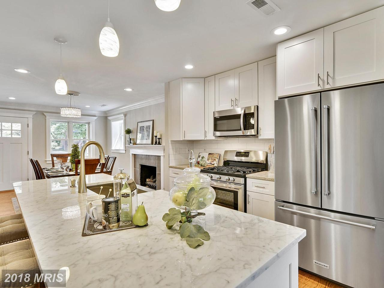 7403  Valleycrest,  Annandale, VA