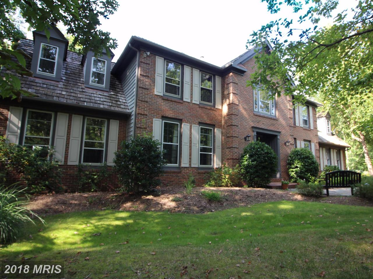 6400  Woodland Run,  Clifton, VA