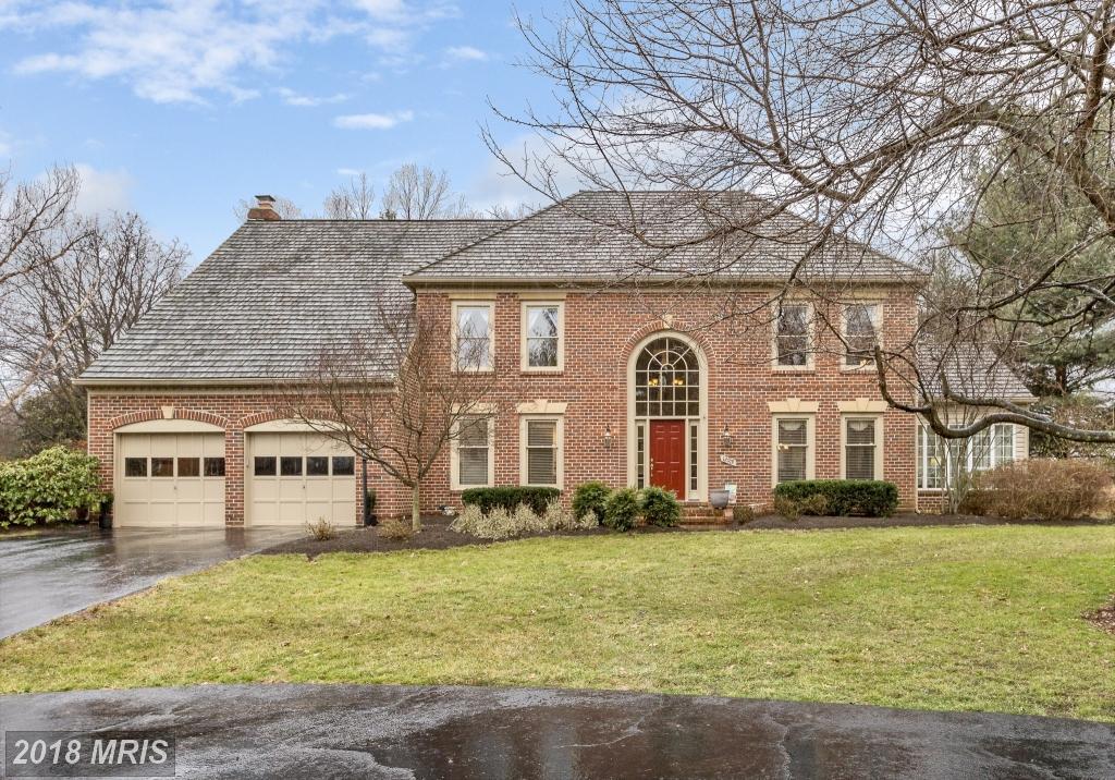 12919  Oak Lawn,  Herndon, VA