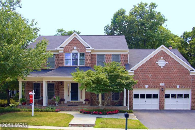 12701  Fox Woods,  Herndon, VA