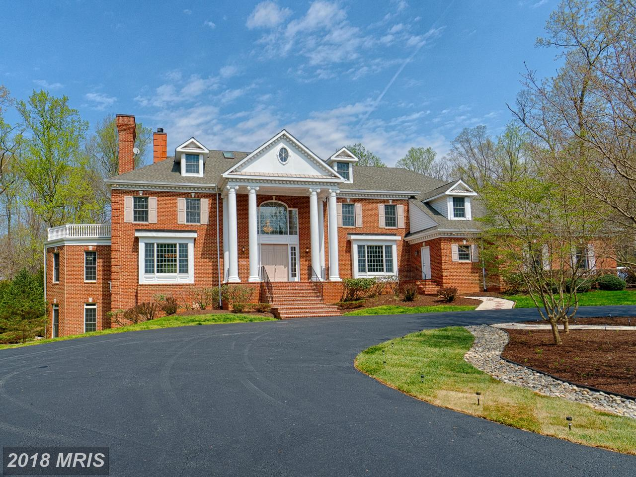 10618  Beach Mill,  Great Falls, VA