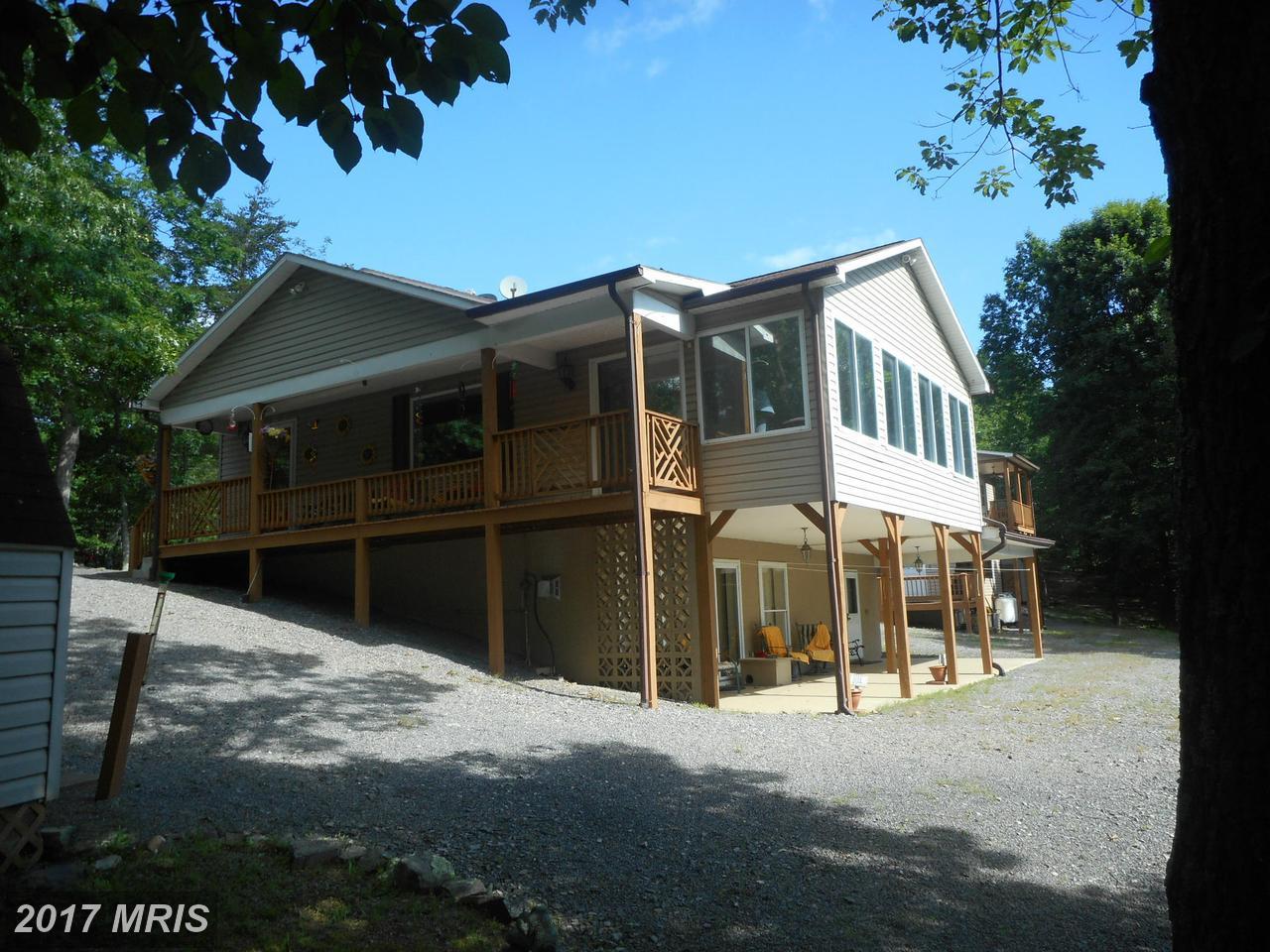 1531  Crystal Valley,  Romney, WV