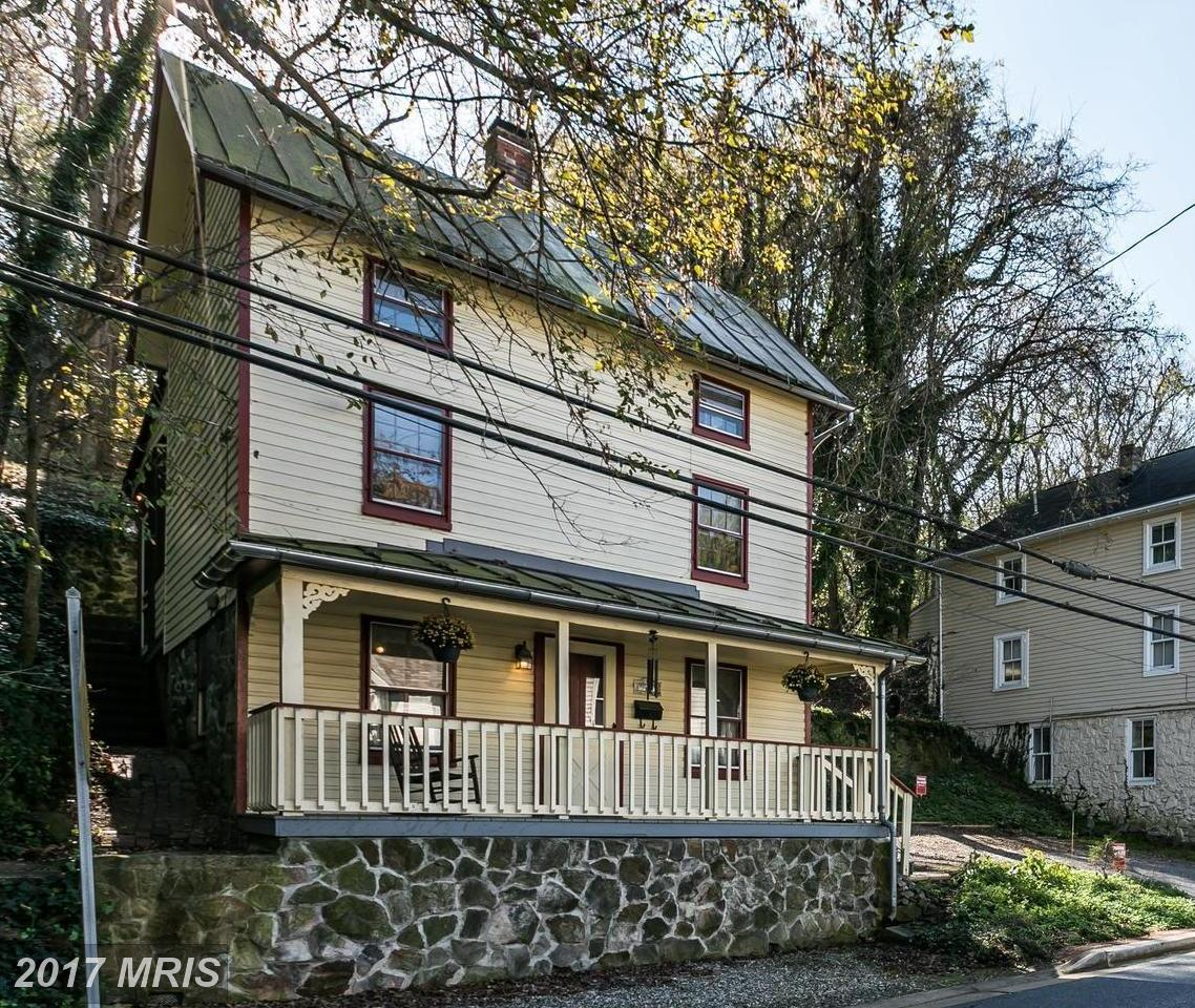 8469  Main,  Ellicott City, MD